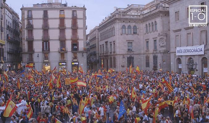 Manifestación en contra del referéndum en Barcelona EL MUNDO 624716ff03b