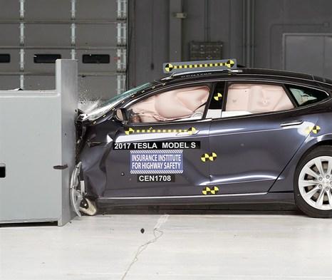 Resultado de imagen de tesla pruebas de colision model x