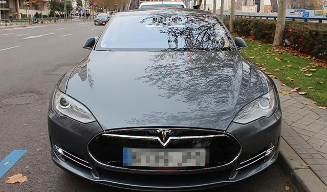 Uber Redobla Con Sus Tesla De Lujo Su Apuesta Por Madrid Economia