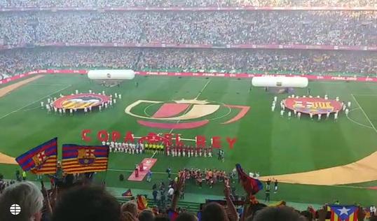 captura Tienda online diseños atractivos Pitos al himno en el final de la Copa del Rey.