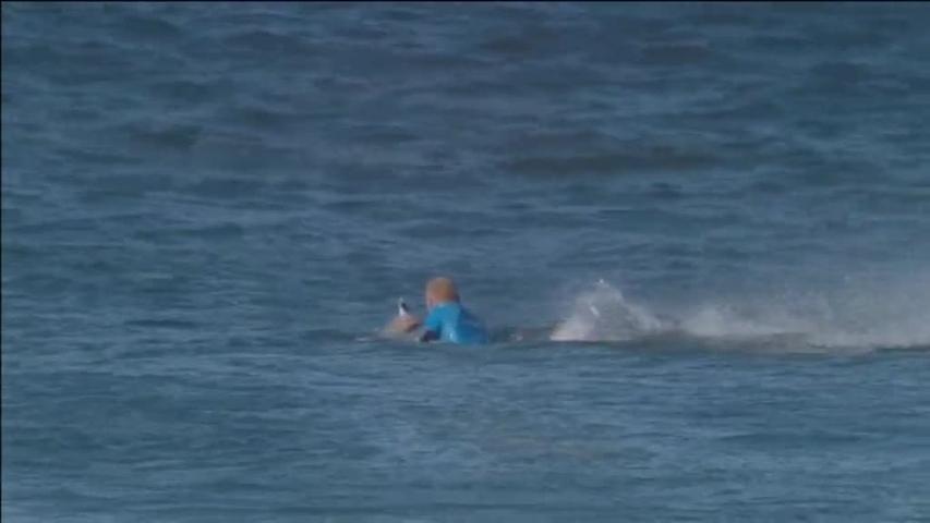 KFC parodia el ataque de un tiburón que sufrió el surfista Mick ... bce66bf01a1