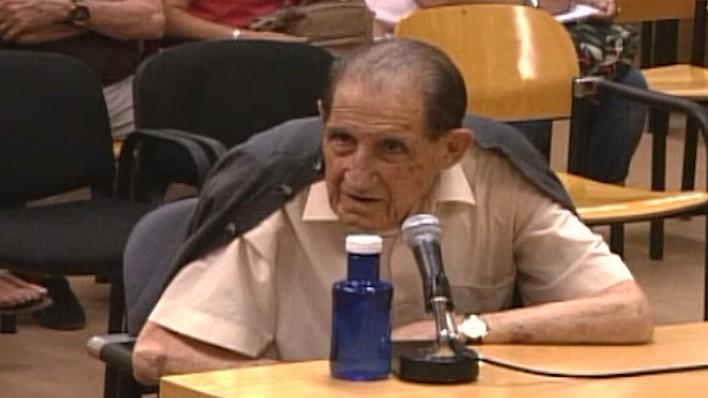 fbc6ba204 Absuelto por prescripción el doctor Eduardo Vela de los delitos de los que se  le acusó por un caso de bebés robados EL MUNDO