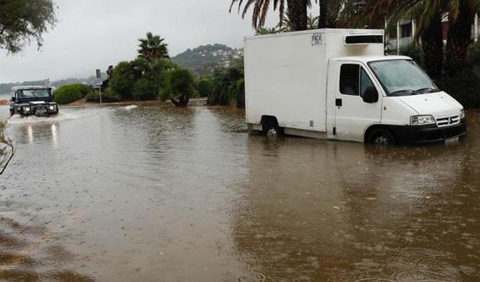 Así es la gota fría que llega hoy: fuertes lluvias y tormentas en toda España al unirse dos borrascas 407?