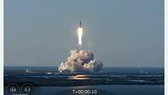 SpaceX lanza su poderoso cohete Falcon Heavy