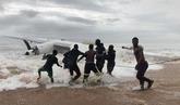 Cuatro muertos y seis heridos en el accidente de avión en Costa de...