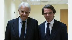 """José María Aznar y Felipe González piden a los bloques políticos """"centralidad"""" en lugar de """"antagoni"""