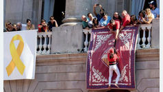 El PP declina salir al balcón del Ayuntamiento de Barcelona por la presencia de Torra y el lazo amarillo