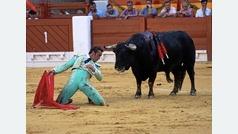 El Fandi y un gran toro de Algarra en la Feria de San Juan