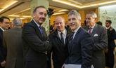 El ministro del Interior, Fernando Grande-Marlaska, junto al juez del...
