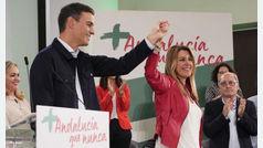 """Pedro Sánchez alaba a Susana Díaz: """"Sois el espejo en el que nos miramos los socialistas"""""""