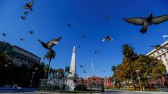 Argentina amplía 21 días la cuarentena en zonas de riesgo, como Buenos Aires
