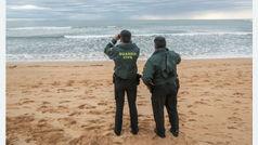 El hallazgo de otro cadáver eleva a 20 las víctimas del naufragio de una patera en Cádiz el 5 de noviembre
