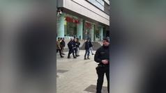 """Abucheos a Pedro Sánchez en Barcelona: """"¡Fuera presidente, traidor!"""""""