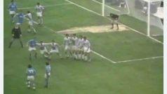 Gol de Maradona con el Nápoles a la Juventus (Serie A, 1985)
