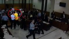 Así fue la pelea en la Audiencia de Barcelona por la que han sido condenados 8 ultras del Barça