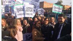 El PSOE de Susana Díaz capitaliza las protestas feministas en la investidura de Moreno Bonilla