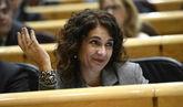 La ministra de Hacienda María Jesús Montero, en la última sesión...