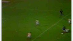 Gol de Maradona con el Barcelona al Estrella Roja (Recopa, 1982)