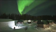 Espectacular aurora boreal en el cielo de Laponia