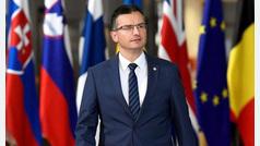 El primer ministro esloveno pide que Torra no compare Cataluña y Eslovenia