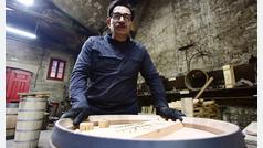 Tonelero, el oficio del vino en peligro de extinción
