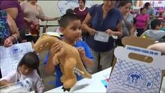 Una juguetería de EEUU ofrece peluches al precio de la edad del niño que lo compra