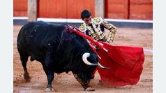 'Carablanca' echa abajo una tarde que hizo soñar con el bronce del toreo charro en Salamanca