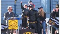 El pequeño superhéroe 'Batkid' supera el cáncer
