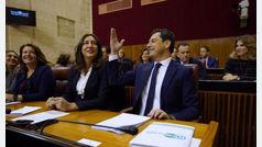 """Juanma Moreno proclama que """"el nuevo Gobierno de cambio obliga al diálogo sin cordones sanitarios"""""""