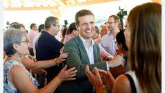 La oposición afirma que los resultados del CIS no son creibles mientras que el PSOE los celebra