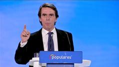 Aznar pide al PP que no renuncie a la pluralidad