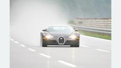 El Bugatti Veyron, primer coche de serie en pasar de los 400 km/h