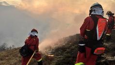 Cantabria pide ayuda a la UME para tratar de sofocar los incendios