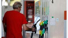 Sánchez multará con 30 millones a 1.200 gasolineras si no se reconvierten en 'electrolineras' en 27 meses