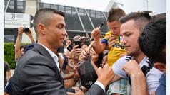 Los seguidores de la Juventus reciben a Cristiano Ronaldo