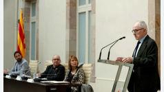 El Síndic recomienda a Torra que retire los lazos de sus dependencias durante el período electoral