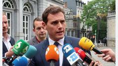 Casado y Rivera descartan abstenerse en la investidura de Sánchez por la entrada de Bildu en Navarra