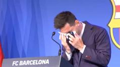 Subastan el supuesto pañuelo de la despedida de Messi por un millón de dólares