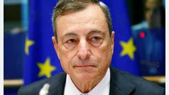 """Mario Draghi advierte de un repunte """"relativamente vigoroso"""" de la inflación e impulsa al euro"""