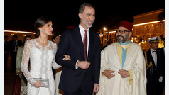 Letizia, un look blanco y radiante en Marruecos