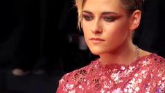 Kristen Stewart brilla en el festival de cine de Venecia tras posar con un vestido de Channel