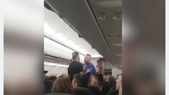 Aterrizaje de emergencia por una pelea entre pasajeros