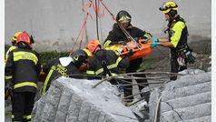 """Testimonios de los supervivientes del derrumbe del puente de Génova: """"Estoy vivo de milagro"""""""