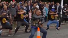 La 'haka' de este grupo de moteros a las víctimas de la masacre de Nueva Zelanda