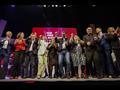 Pedro Sánchez se anima a bailar en el acto de los socialistas...