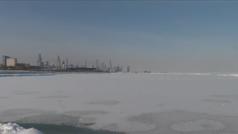 Así se congeló el lago Michigan debido a la ola de frío en Estados Unidos