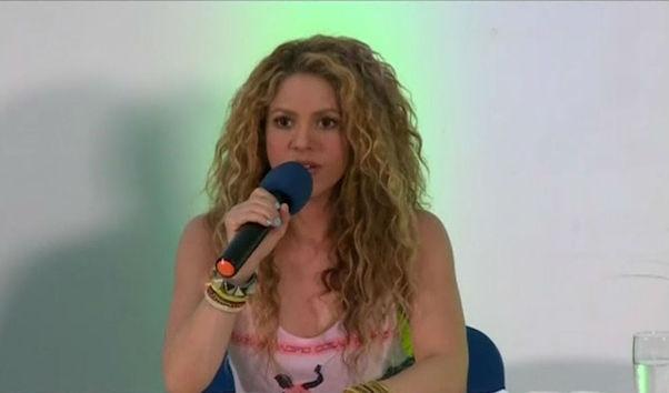 Shakira confiesa que tuvo miedo de no volver a cantar