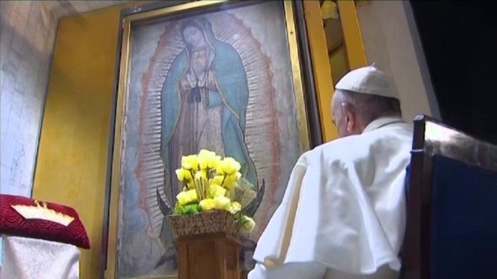 Francisco ante la Virgen de Guadalupe
