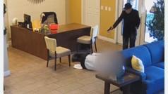 Un anciano de 93 años dispara al gestor de su vivienda por un problema de inundaciones