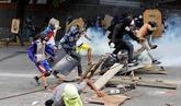 Tres muertos en el primer día de la huelga general en Venezuela